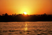 Sunset over the west side of the River Nile. - Howard Davies - 14-10-2005