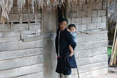 Hill Tribe mother and boy in Northern Laos. - Tom Parker - 04-04-2007