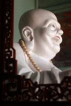 Laughing Buddha, Pu Tuo Shan, China - Timm Sonnenschein - 08-09-2005