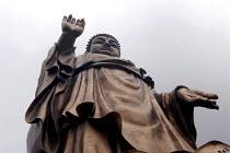 88 meter high Amitabha Buddha statue, Wuxi, China - Timm Sonnenschein - 2000s,2006,ace art arts culture,artwork,artworks,belief,Bodhisattva,Bodhisattvas,bronze,Buddha,Buddha's,Buddhism,Buddhist,buddhists,China,Chinese,compassion,compassionate,conviction,deities,deity,dham