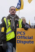 Strike by PCS public sector workers on Budget Day. PCS picket line at Selly Oak Job Centre Plus, Birmingham. - Timm Sonnenschein - 20-03-2013