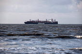 Hapag-Lloyd container ship Charleston Express passing the Dutch coast - Timm Sonnenschein - 29-03-2013