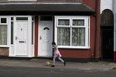 Child playing, Balsall Heath, Birmingham - Timm Sonnenschein - 2010s,2014,BAME,BAMEs,Birmingham,Black,BME,bmes,Child,CHILDHOOD,CHILDREN,cities,city,diversity,EQUALITY,ethnic,ethnicity,excluded,exclusion,HARDSHIP,housing,Housing Estate,impoverished,impoverishment,