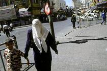 View of the downtown area near King Faysal Street, Amman. Jordan, 2004 - Steven Langdon - 01-03-2004