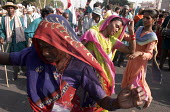 25,000 people march into New Delhi, India. These were landless peasants and the poverty stricken people who had walked twenty-two days from Gwalior in Central India. Ekta Parishad , an Organization fo... - Tashi Tobgyal - 28-10-2007
