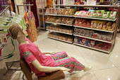 Spencers mall, located in Gurgaon, near Delhi. It is an offshore departmental shopping mall. - Tashi Tobgyal - 27-01-2008