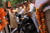 BJP New Delhi Candidate Vijay Goel campaigning at Ansari Nagar in the Capital New Delhi, India National Democratic Alliance (NDA) - Tashi Tobgyal - 05-05-2009
