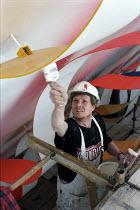 Painter at work. - Len Grant - 20-02-2002