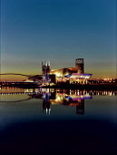 The Lowry, Salford Quays Manchester. - Len Grant - 01-03-2000