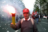 French trade union members march through Paris against the governments proposed pension reforms and public sector restructuring and privatisation plans - Paul Mattsson - 2000s,2003,activist,activists,against,baseball cap,CAMPAIGN,campaigner,campaigners,CAMPAIGNING,CAMPAIGNS,CGT,Cuts,DEMONSTRATING,demonstration,DEMONSTRATIONS,Dispute,Disputes,eu,Europe,european,europea