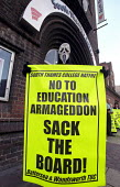 NATFHE Protest against the worsening of working conditions at South Thames College, Wandsworth, South London - Paul Mattsson - 26-09-2002