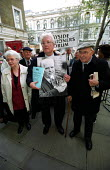 Demonstration outside the Department of Work and Pensions,Whitehall calling for an increase in the State Pension. Organised by the National Pensioners Convention. Former UNISON Gen Sec and current NPC... - Paul Mattsson - 11-11-2002