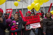 Detroit, Michigan, Fastfood and other workers protest against low pay for a 15 Minimum Wage, Fair Pay and Respect for workers rights - Jim West - 10-11-2015