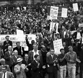 Seamens strike 1966 Striking seamen and their supporters protest, Trafalgar Square, London - NLA - 05-06-1966