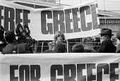 Greek actress Melina Mercouri speaking Free Greece from Military Junta protest Trafalgar Square London 1968 - NLA - 1960s,1968,activist,activists,actress,actresses,armed forces,banner,banners,campaign,campaigner,campaigners,campaigning,CAMPAIGNS,DEMONSTRATING,Demonstration,DEMONSTRATIONS,FEMALE,Greece,greek,Greek c