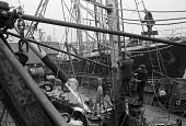 Hull fish dock. Crew preparing one of the large trawlers, Port of Grimsby 1968 - Martin Mayer - 29-10-1968