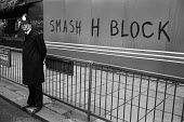Smash H Block graffiti in Picadilly, London 1980 - Philip Wolmuth - 1980,1980s,activist,activists,adult,adults,against,CAMPAIGN,campaigner,campaigners,CAMPAIGNING,CAMPAIGNS,CLJ,constable,DEMONSTRATING,Demonstration,DEMONSTRATIONS,force,graffiti,H Block,hunger strike,h