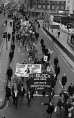 March from Speakers' Corner to Kilburn in support of H Block hunger strikers - Philip Wolmuth - 07-12-1980