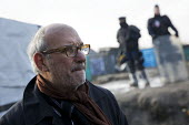 Alan Yentob, TV presenter visiting demolition of the Jungle refugee camp, Calais, France - Jess Hurd - 03-03-2016