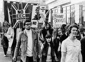 Anti Common Market protest, London,1971 against Conservative Government policy for the UK to join the European Economic Community. - Claire Bow - 21-10-1971