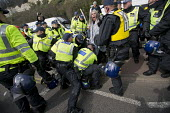 Police make arrests on Kent Anti Racism Network protest against the National Front anti refugee protest Dover. - Jess Hurd - 02-04-2016