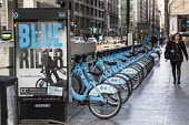 Chicago, Illinois Station for Divvy Bikes, the Chicago bicycle sharing scheme - Jim West - American,2010s,2016,adult,adults,America,American,americans,bicycle,bicycle sharing,bicycles,BICYCLING,Bicyclist,Bicyclists,bike,bike share,bike sharing,Bikes,Chicago,cities,city,commute,COMMUTER,COMM