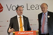 UKIP MP Douglas Carswell and Conservative MP Chris Grayling speaking Vote Leave campaign meeting, Oxford - John Harris - 2010s,2016,Brexit,campaign,campaigning,CAMPAIGNS,CONSERVATIVE,Conservative Party,conservatives,democracy,EU,Europe,European Union,eurosceptic,Euroscepticism,eurosceptics,Leave,meeting,MEETINGS,Oxford,