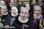 Mask Moment as the crowd wear the face of Shakespeare. Commemorating 400th anniversary of William Shakespeare,Shakespeare's Birthday Celebrations, Stratford-upon-Avon - John Harris - 2010s,2016,ACE,anniversary,Arts,author,authors,Culture,mask,masked,masks,Shakespeare,Shakespeare's Birthday,Shakespeare's Birthday Celebrations,William Shakespeare,writer,writers
