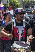 California, May Day march of trades unions, community and immigrant rights organizations, Fruitvale East Oakland - David Bacon - 01-05-2016