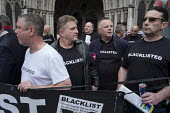 Blacklist Support Group outside the Royal Courts of Justice after victory in their campaign for compensation for illegal blacklisting of construction workers - Philip Wolmuth - 2010s,2016,activist,activists,at,blacklist,blacklisted,blacklisting,building workers,campaign,campaigner,campaigners,campaigning,CAMPAIGNS,CELEBRATE,celebrating,celebration,celebrations,Construction I