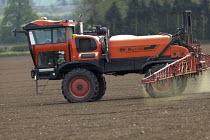 Crop spraying, Warwickshire - John Harris - 13-05-2016