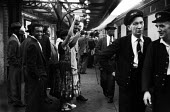 Immigrants returning to the West Indies in fear of their lives following the Notting Hill race riots, London 1958 - Alan Vines - 24-09-1958