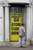 Austin Reed store closing down everything must go, including 1000 jobs, Stratford upon Avon - John Harris - 11-06-2016