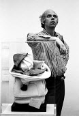 American sculptor Claes Oldenburg at his exhibition at The Tate Gallery, London, 1970. Oldenburg is best known for his public works scuplted in the form of everyday objects - Bente Fasmer - 17-06-1970