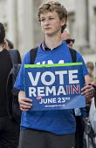 Yes To Europe rally, Trafalgar Square, London - Philip Wolmuth - 2010s,2016,adolescence,adolescent,adolescents,boy,boys,child,CHILDHOOD,children,EU,Europe,European Union,juvenile,juveniles,kid,kids,London,male,man,men,NUS,people,person,persons,placard,placards,POL,