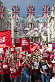 Stonewall, Pride in London Parade 2016 - Jess Hurd - 2010s,2016,ACE,activist,activists,banner,banners,CAMPAIGN,campaigner,campaigners,CAMPAIGNING,CAMPAIGNS,Culture,DEMONSTRATING,Demonstration,DEMONSTRATIONS,equal,flag,flags,Gay,Gays,Homosexual,HOMOSEXUA