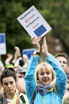 Pro EU membership demonstration Bristol - Paul Box - 2010s,2016,activist,activists,against,brexit,campaign,campaigner,campaigners,campaigning,CAMPAIGNS,DEMONSTRATING,Demonstration,DEMONSTRATIONS,EU,Europe,European Union,FEMALE,MEMBER,MEMBERS,membership,
