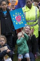 Pro EU membership demonstration Bristol - Paul Box - 2010s,2016,activist,activists,against,brexit,campaign,campaigner,campaigners,campaigning,CAMPAIGNS,child,CHILDHOOD,children,DEMONSTRATING,Demonstration,DEMONSTRATIONS,EU,Europe,European Union,juvenile