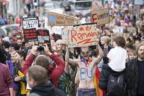 Pro EU membership demonstration Bristol - Paul Box - 2010s,2016,activist,activists,against,brexit,campaign,campaigner,campaigners,campaigning,CAMPAIGNS,DEMONSTRATING,Demonstration,DEMONSTRATIONS,EU,Europe,European Union,male,man,MEMBER,MEMBERS,membershi