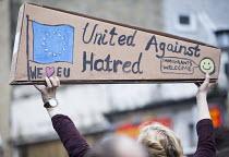 Pro EU membership demonstration Bristol - Paul Box - 2010s,2016,activist,activists,against,brexit,campaign,campaigner,campaigners,campaigning,CAMPAIGNS,DEMONSTRATING,Demonstration,DEMONSTRATIONS,EU,Europe,European Union,MEMBER,MEMBERS,membership,placard