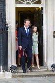 David Cameron and his family leaving 10 Downing Street as he resigns as Prime Minister, Westminster, London - Jess Hurd - 10 Downing Street,2010s,2016,child,CHILDHOOD,children,CONSERVATIVE,Conservative Party,conservatives,David Cameron,families,family,female,females,girl,girls,juvenile,juveniles,kid,kids,leaving,London,M