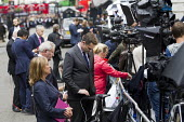 Journalists preparing to broadcast Theresa May entering 10 Downing Street as the new Prime Minister, Westminster, London. - Jess Hurd - 13-07-2016