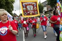 USDAW marching Tolpuddle Martyrs Festival 2016. Dorset. - Jess Hurd - 2010s,2016,ACE,BAME,BAMEs,banner,banners,BEMM,black,BME,bmes,diversity,Dorset,ethnic,ethnicity,FEMALE,Festival,FESTIVALS,marching,member,member members,members,minorities,minority,multi cultural,MULTI
