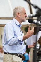Jeremy Corbyn speaking Tolpuddle Martyrs' Festival 2016, Dorset - Jess Hurd - 2010s,2016,ACE,Dorset,Festival,FESTIVALS,Jeremy Corbyn,Labour Party,member,member members,members,PEOPLE,SPEAKER,SPEAKERS,speaking,SPEECH,SWTUC,Tolpuddle Martyrs festival,Tolpuddle Martyrs' Festival,t