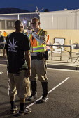 Las Vegas, Nevada, Police sobriety checkpoint, Vegas Valley Drive, detaining a driver for suspected alcohol or drug impairment. Checking pupil response and walking the line - Jim West - 23-06-2016