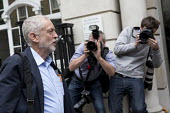 Jeremy Corbyn laughing with the media, arriving to be nominated by CWU in the Labour leadership election, Hamilton House, London - Jess Hurd - 2010s,2016,ARRIVAL,arrivals,arrive,arrives,arriving,camera,cameras,campaign,campaigning,CAMPAIGNS,candidate,CANDIDATES,contest,CWU,group,groups,Hamilton House,House,houses,HUMOUR,Jeremy Corbyn,Labour