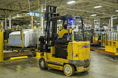 Sterling Heights, Michigan Women worker driving a forklift truck, moving car components that have been stamped and welded, Sterling Stamping Plant, Fiat Chrysler Automobiles - Jim West - 26-08-2016
