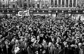 Rally in Trafalgar Square, London 1960 launching The Boycott Movement Month of Action to Boycott South Africa and the Apartheid regime. - Alan Vines - 28-02-1960