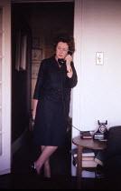 Barbara Castle, Minister for Overseas Development in the Harold Wilson Labour Government, at home London 1964 - Romano Cagnoni - 30-10-1964