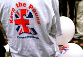 "T shirt at Conservative Party ""Save the Pound"" rally in Leeds. 16/3/2000.... - Mark Pinder - 2000,2000s,conservative,conservatives,europe,keep the pound,marketing,Party,patriotism,POL politics,rallies,rally,slogan,SLOGANS,sterling"